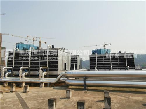 恒昌为巴南人民医院安装12台金属冷却塔案列